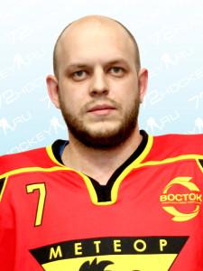 Капылов Виталий, защитник