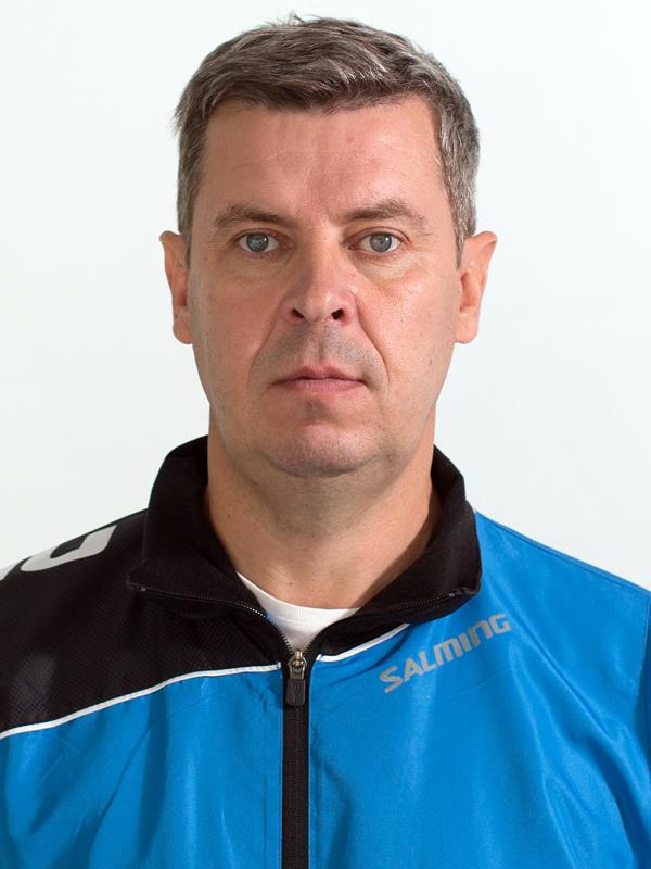 Тренер Антипин Олег Николаевич