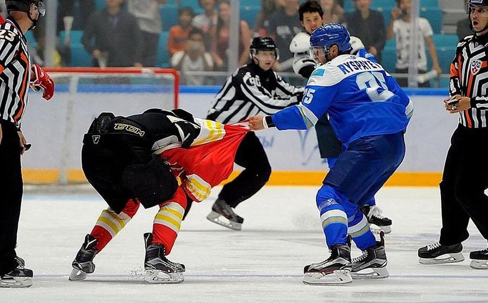 КХЛ бессрочно дисквалифицировала игрока «Барыса» Дамира Рыспаева