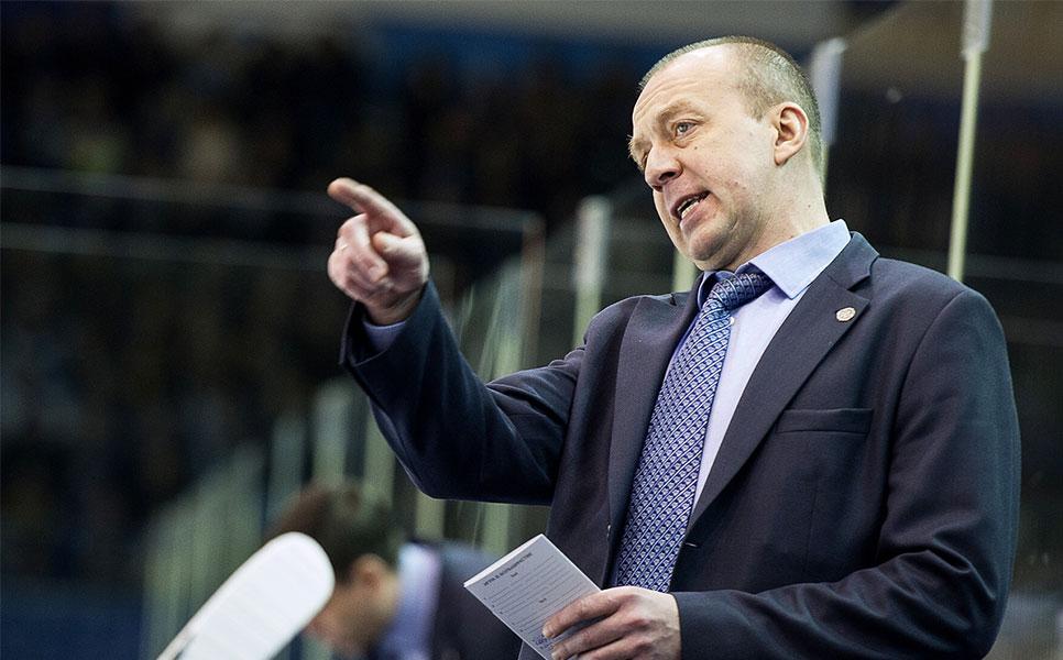 «Авангард» проиграл «Нефтехимику» последний матч года, Скабелка отправлен вотставку